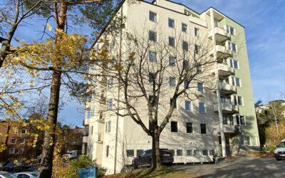 Kv Galeasen 3 – Fönsterrenovering 45 lägenheter, 146 fönster.